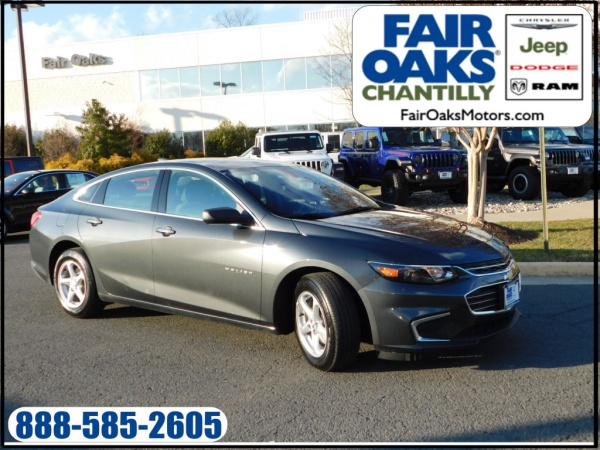 2017 Chevrolet Malibu in Chantilly, VA
