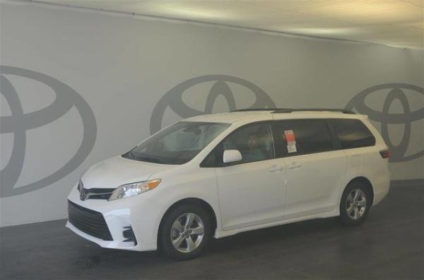 2020 Toyota Sienna in Atlanta, GA