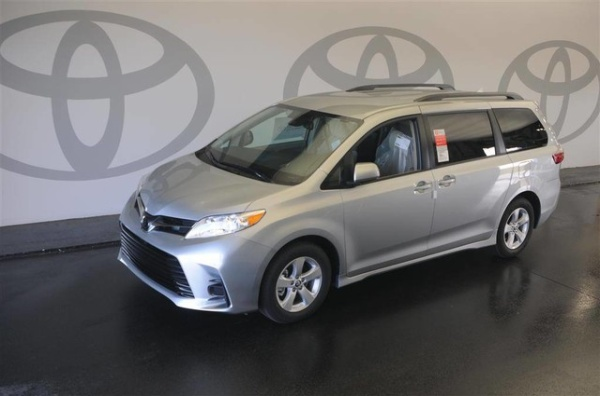 2020 Toyota Sienna in Atlanta, GA