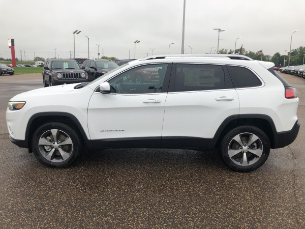 2020 Jeep Cherokee in New Richmond, WI