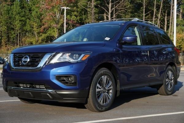 2020 Nissan Pathfinder in Morrow, GA