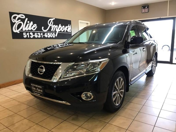 2015 Nissan Pathfinder in West Chester, OH