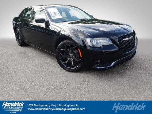 2019 Chrysler 300 in Hoover, AL