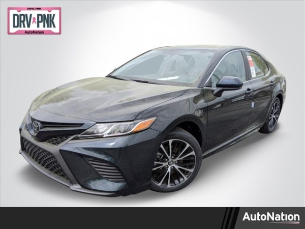 2020 Toyota Camry in Lithia Springs, GA