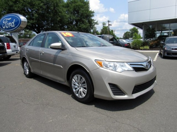 2014 Toyota Camry in Lawrenceville, NJ