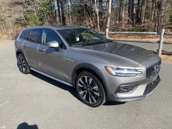 2020 Volvo V60 Cross Country in Simsbury, CT