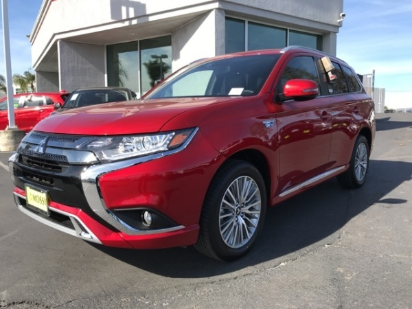 2020 Mitsubishi Outlander in Escondido, CA