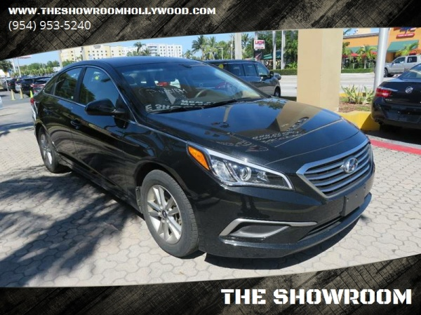 2017 Hyundai Sonata in Hollywood, FL