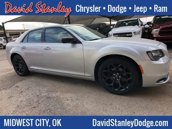 2019 Chrysler 300 in Midwest City, OK