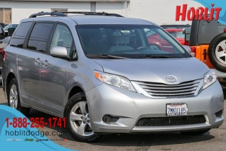 356648a6f3 Used 2015 Toyota Sienna for Sale in Woodland