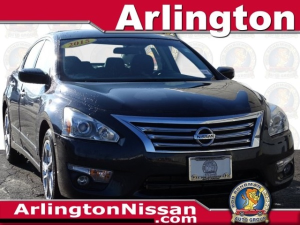 2015 Nissan Altima in Arlington Heights, IL