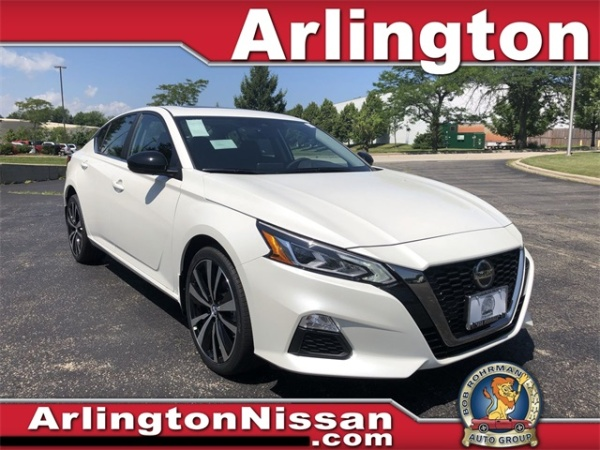 2020 Nissan Altima in Arlington Heights, IL