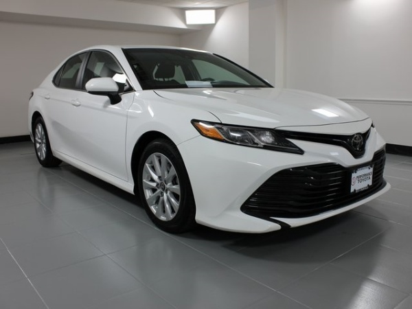 2018 Toyota Camry in Fairfield, OH