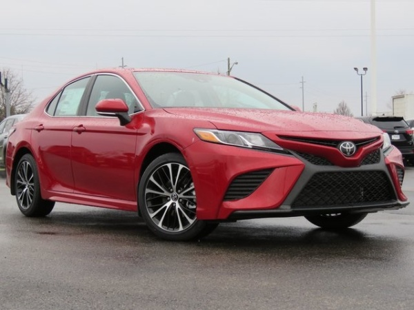 2020 Toyota Camry in Fairfield, OH
