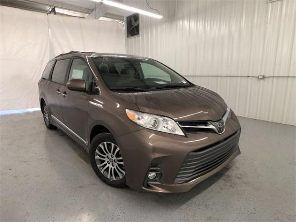 2020 Toyota Sienna in Austin, TX