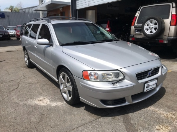 2005 Volvo V70 2 5L Turbo R Automatic AWD For Sale in