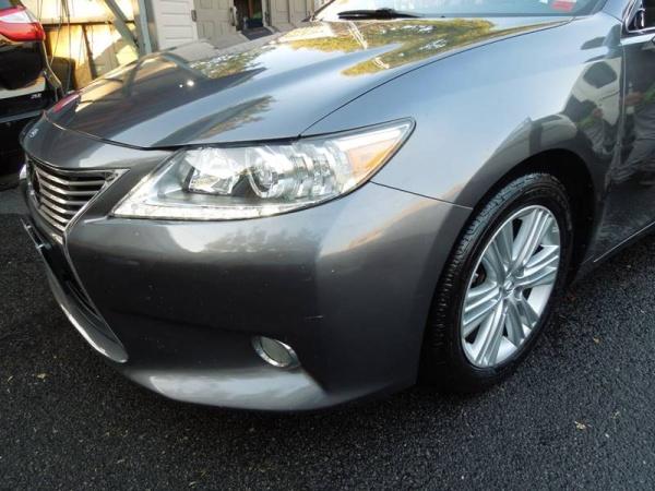 2014 Lexus ES in Long Island City, NY