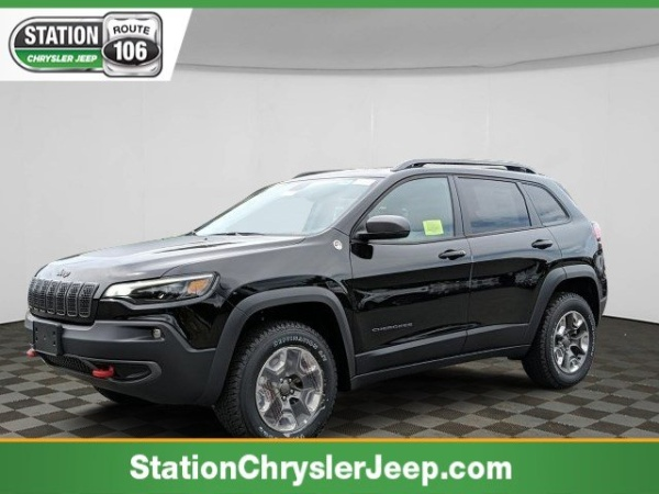 2019 Jeep Cherokee in Mansfield, MA