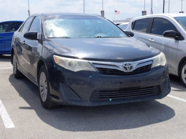 2012 Toyota Camry in Castroville, TX