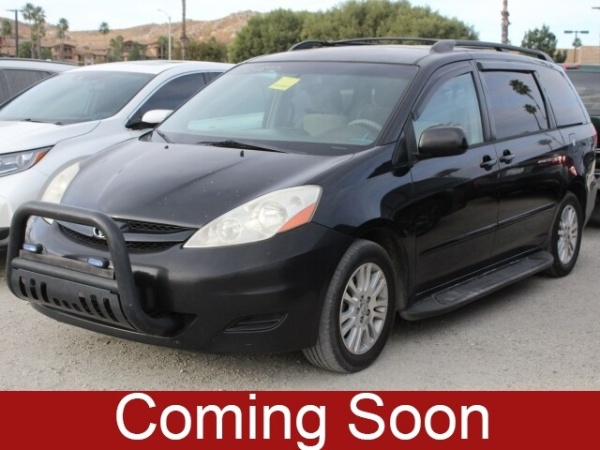 2008 Toyota Sienna in Moreno Valley, CA