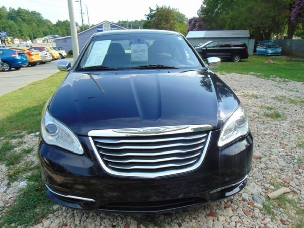 2012 Chrysler 200 in Fuquay Varina, NC