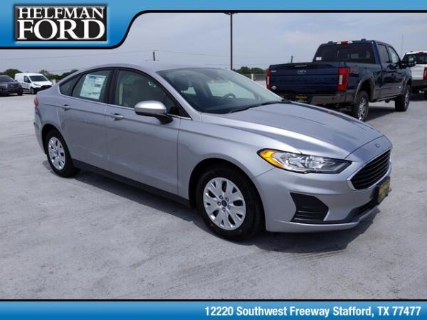 2020 Ford Fusion in Stafford, TX